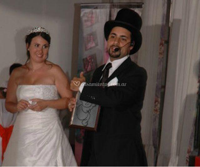 Mago Komodin con la novia