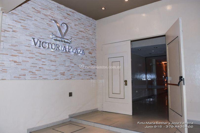 Salón Azul y Victoria Plaza