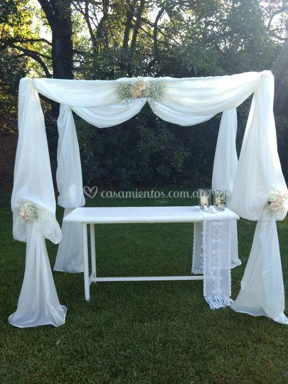 Altar exterior