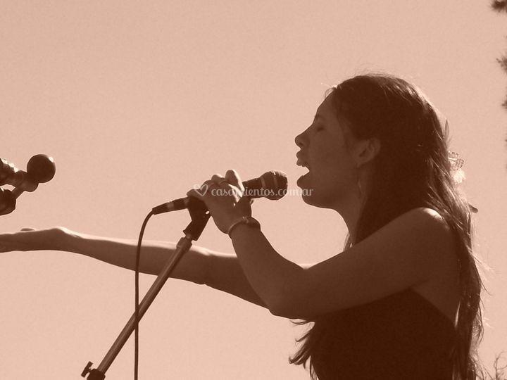 Cantando al aire libre