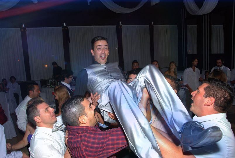 Fiesta baile novio