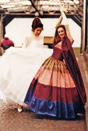 Madrinas, novias, c�ctel. de Raffaello Moda y Dise�o