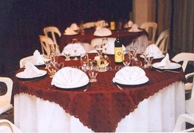 Mesas en evento