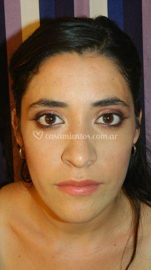 Maquillaje en tonos violetas