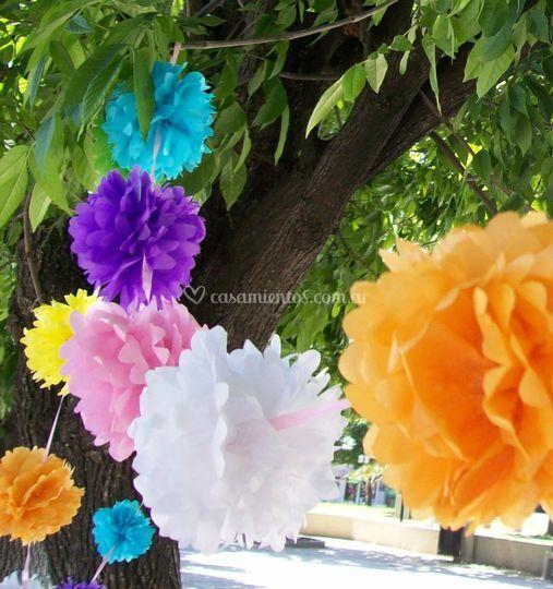 Guirnaldas con flores de 12cm