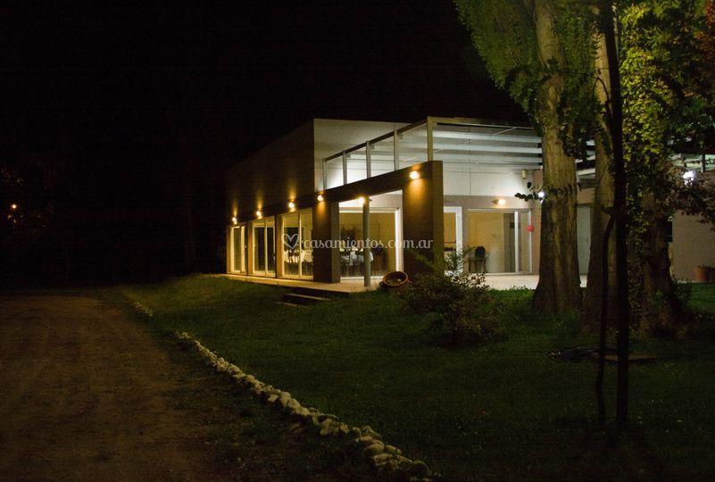 Las instalaciones de noche
