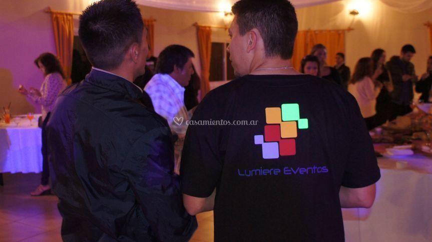 Staff LED Lumiere Eventos