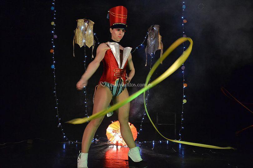 Plume: temática burlesque