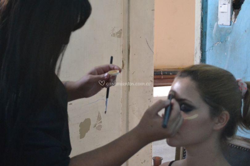 Maquillaje pelo producción