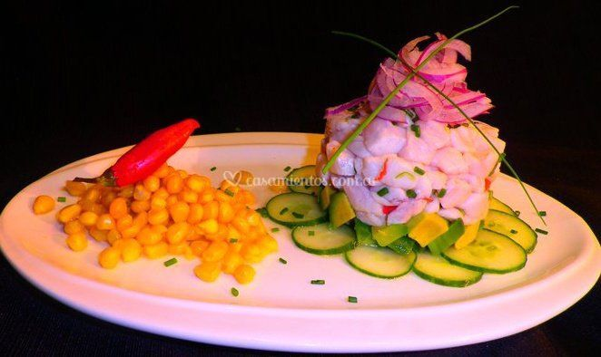 Ceviche de salmon blanco.