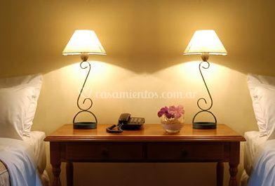 Mesa de luz de la habitación