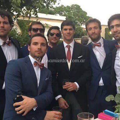 El novio y sus amigos
