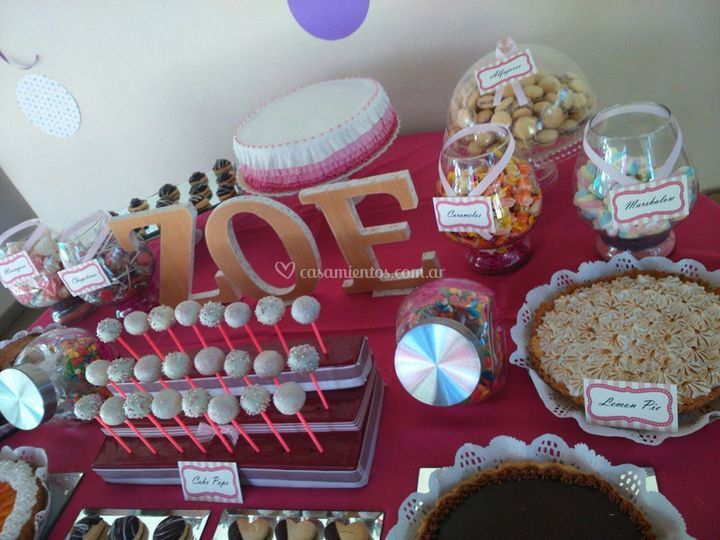 Mesa dulce y candy bar