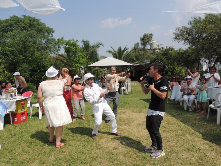 Baile y cantante