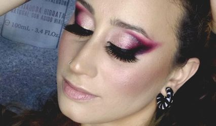 Caris Makeup Artist