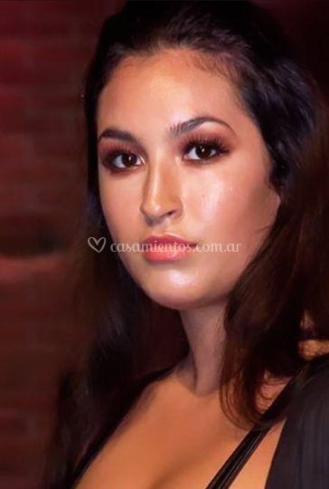 Nadia O. makeup