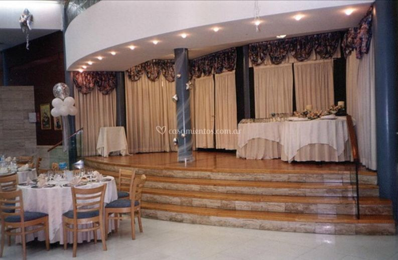 Escenario del salón