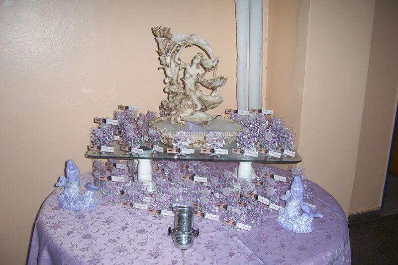 Mesa de souvenirs
