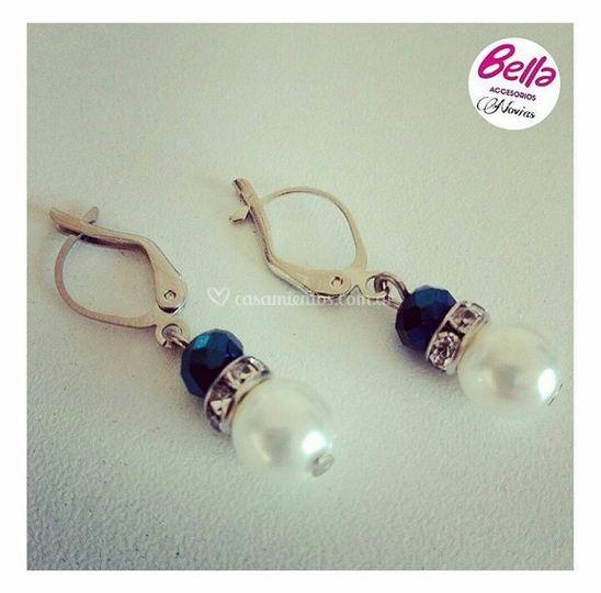 Aros de perla con azul