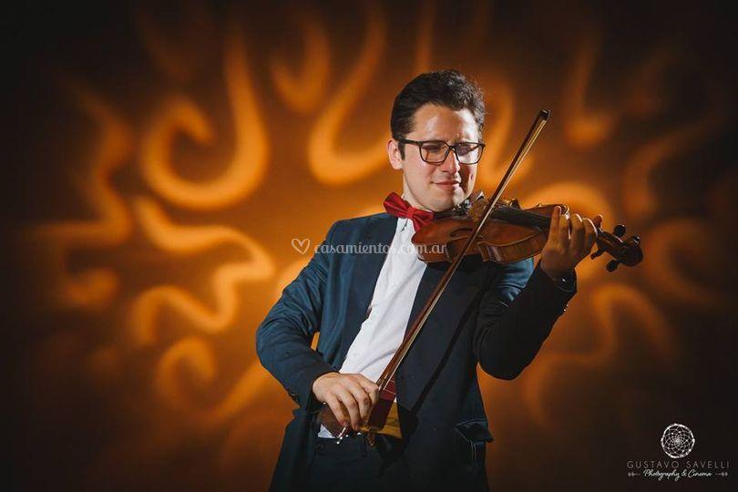 Ccesco violinista