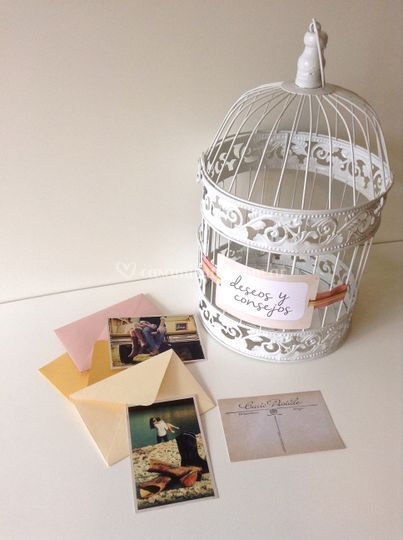 Postales fotográficas y jaula