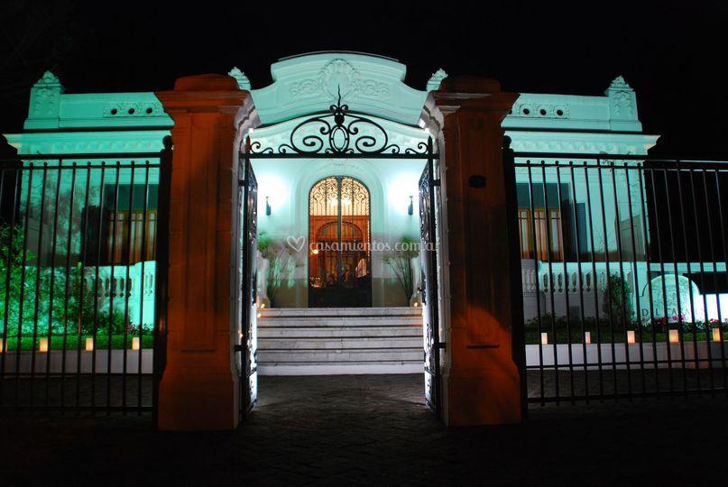 Salón Del Carmen