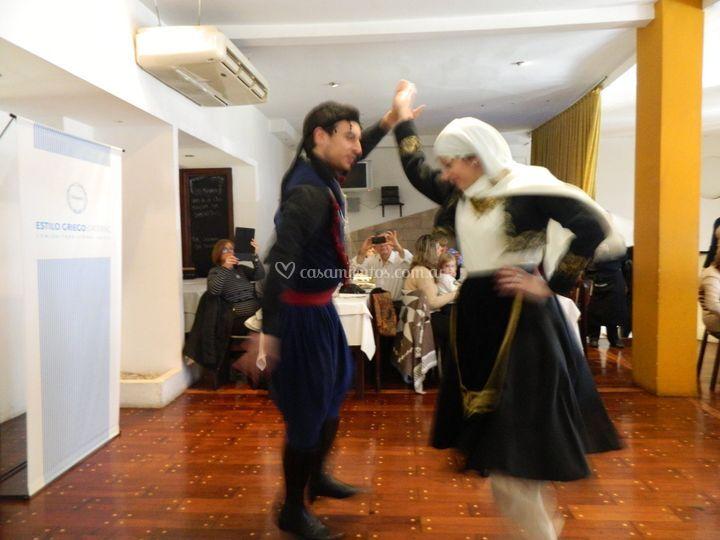 Show de danzas griegas