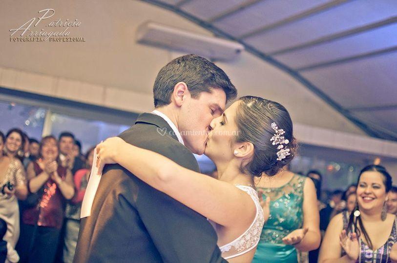 Beso ceremonia civil