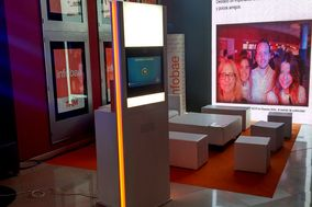 SuperVGA - Photo Booth