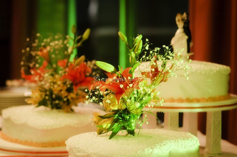Arreglo floral torta