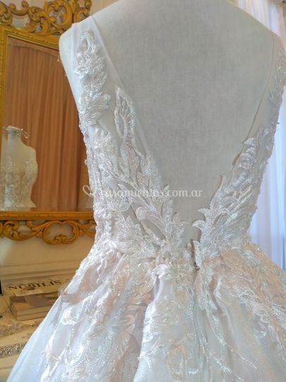 Vestido de novia bordado