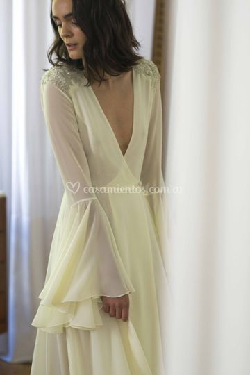 Vestido de novia manga campana