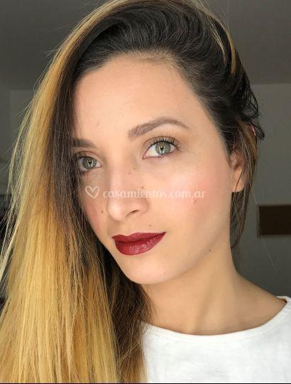 Makeup natural labios fuerte