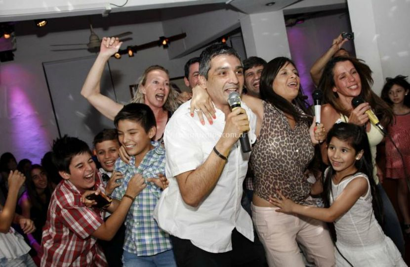 Karamanía Karaoke