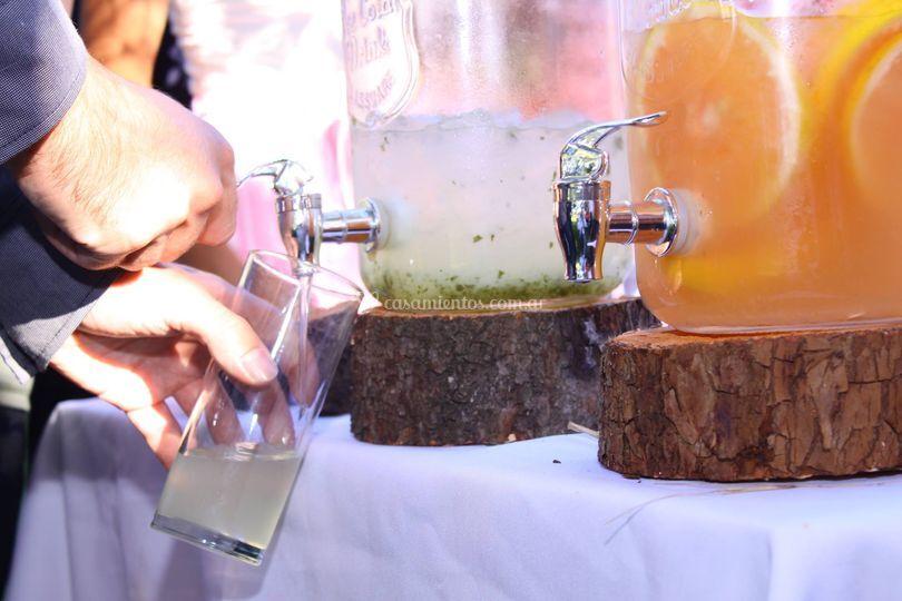 Limonadas y jugos naturales