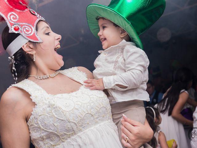 El casamiento de Cristian y Noelia en Burzaco, Buenos Aires 4
