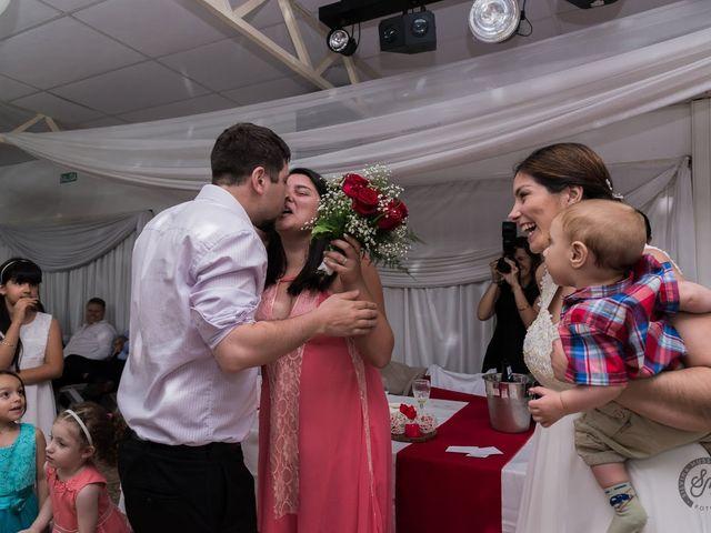 El casamiento de Cristian y Noelia en Burzaco, Buenos Aires 5