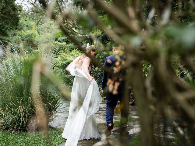 El casamiento de Agustín y Clara en Burzaco, Buenos Aires 1