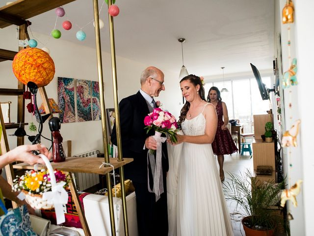 El casamiento de Agustín y Clara en Burzaco, Buenos Aires 22