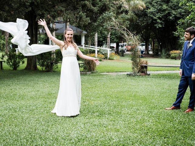 El casamiento de Agustín y Clara en Burzaco, Buenos Aires 23