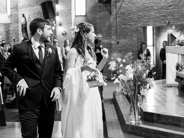 El casamiento de Agustín y Clara en Burzaco, Buenos Aires 29