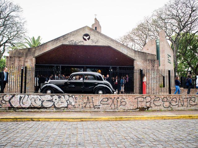 El casamiento de Agustín y Clara en Burzaco, Buenos Aires 33