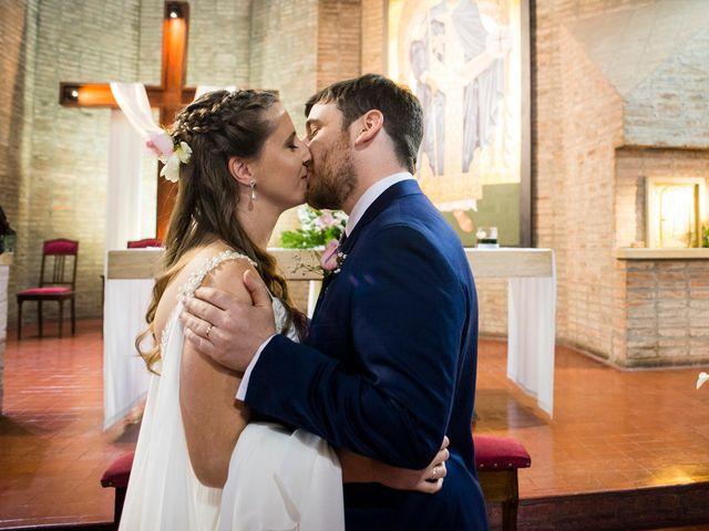 El casamiento de Agustín y Clara en Burzaco, Buenos Aires 34