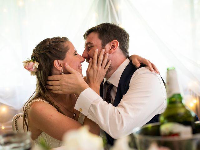El casamiento de Agustín y Clara en Burzaco, Buenos Aires 45