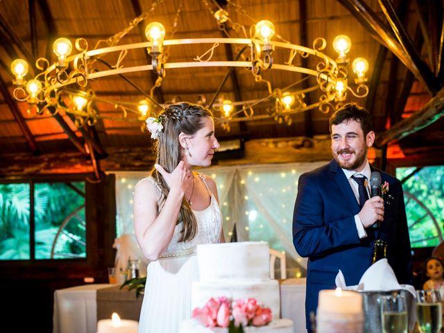 El casamiento de Agustín y Clara en Burzaco, Buenos Aires 47