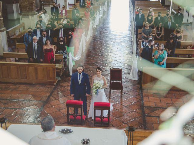 El casamiento de Carolina y Pablo en Mendoza, Mendoza 11