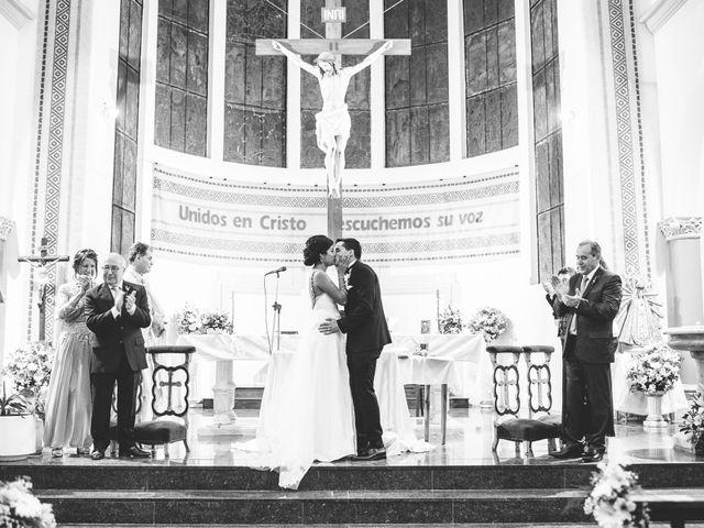 El casamiento de Hugo y Euge en Lomas de Zamora, Buenos Aires 25