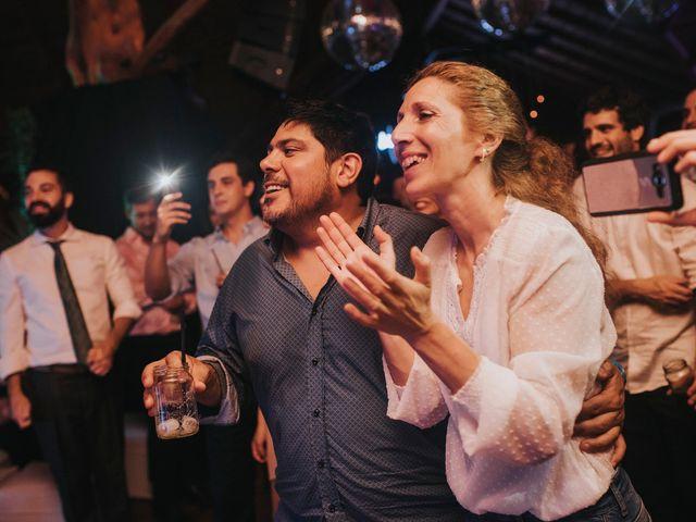 El casamiento de Agustín y Mariana en Tres Arroyos, Buenos Aires 71