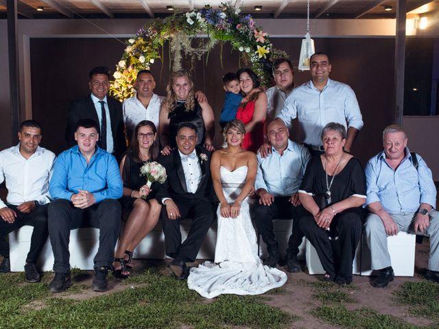El casamiento de Gabriel y Evelyn en Funes, Santa Fe 41