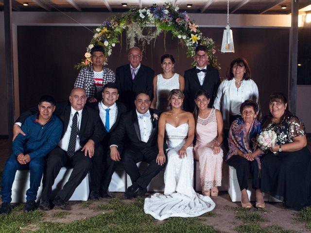 El casamiento de Gabriel y Evelyn en Funes, Santa Fe 44